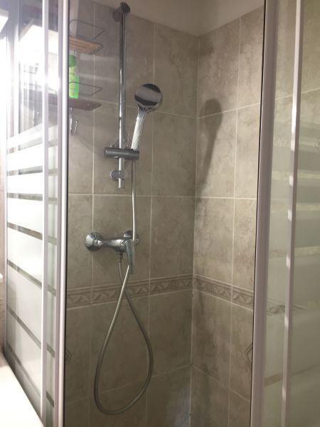 Salle d'eau Location Appartement 83254 L'Hermitage