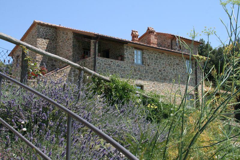 Vue extérieure de la location Location Gite 84894 Sienne