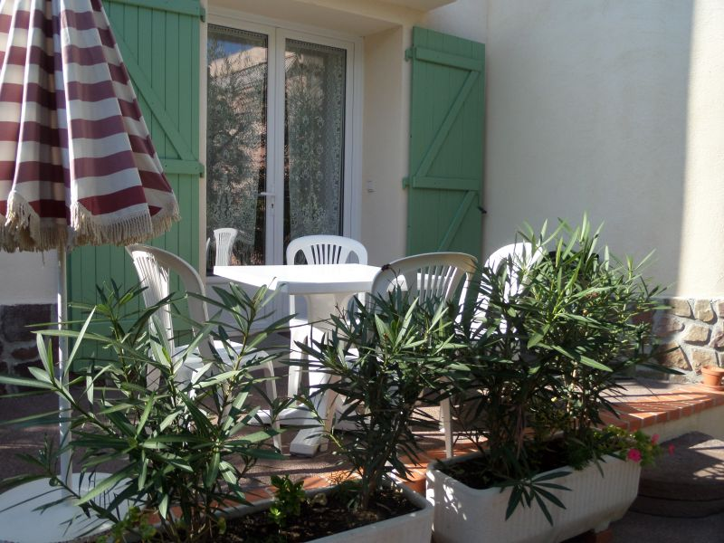 Terrasse Location Appartement 91064 Saint Raphael