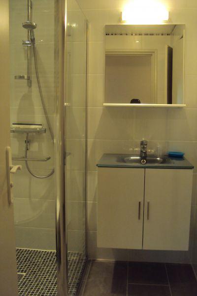Salle d'eau Location Appartement 91064 Saint Raphael