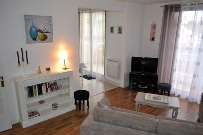 Salon Location Appartement 92716 Vichy