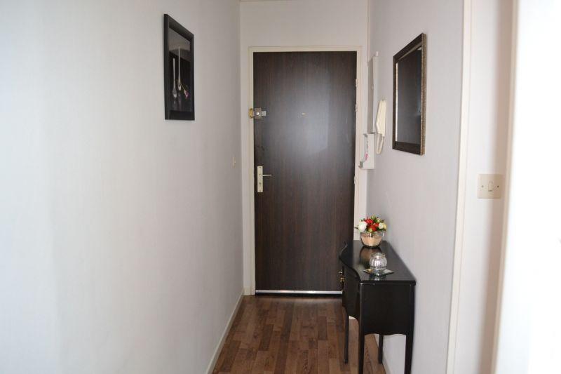 Entrée Location Appartement 92716 Vichy