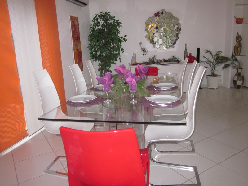 Salle à manger Location Villa 92759 Les Issambres