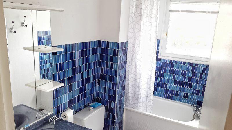 salle de bain Location Studio 97080 Wimereux