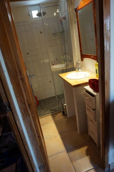 salle de bain 1 Location Villa 97736 Benidorm