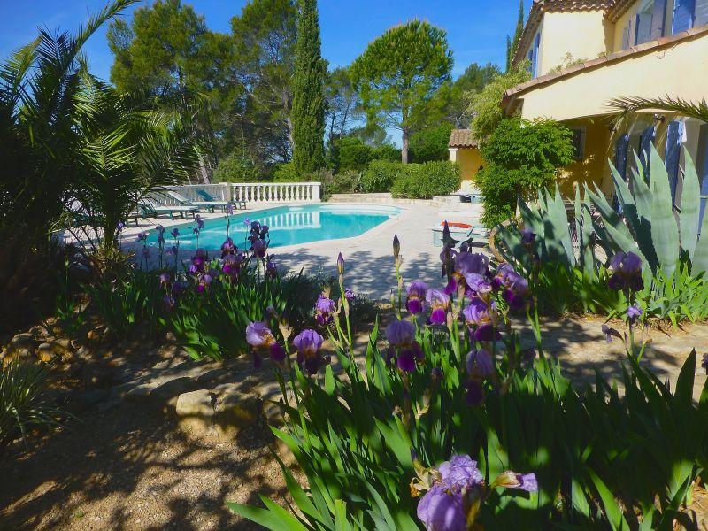 Location Villa 98164 Cotignac