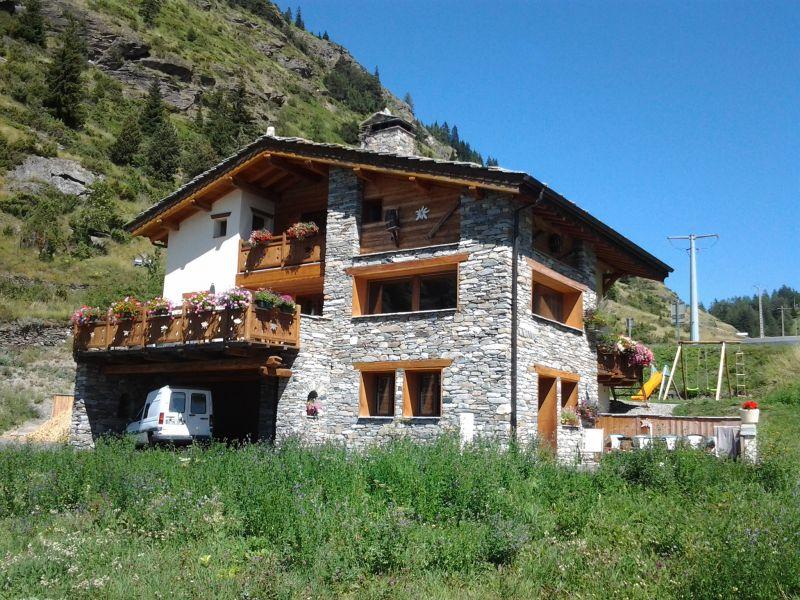 Vue extérieure de la location Location Appartement 101423 Val Cenis