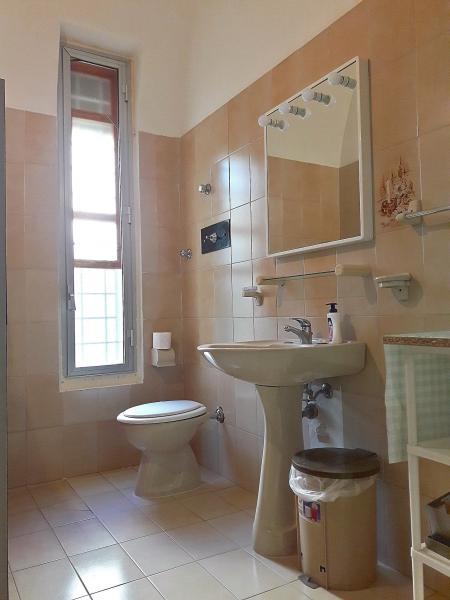 salle de bain 2 Location Villa 107993 Tre Fontane