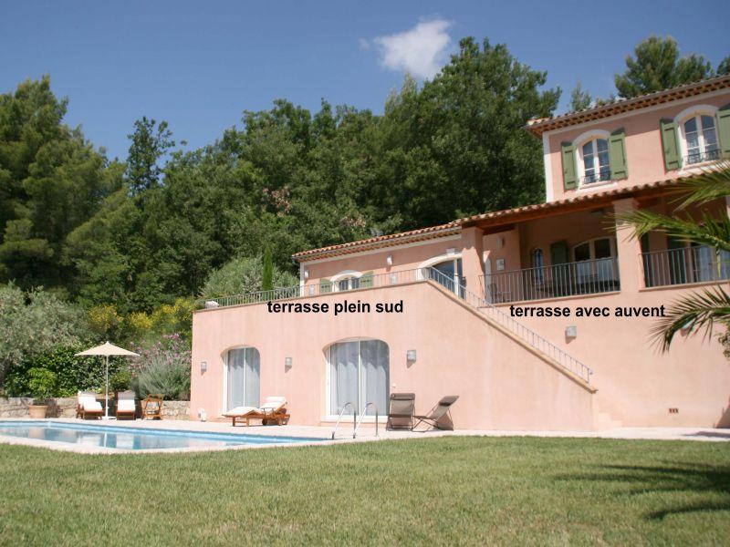 Vue extérieure de la location Location Villa 108337 Fayence