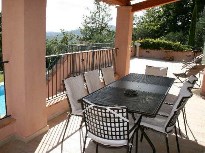Vue de la terrasse Location Villa 108337 Fayence