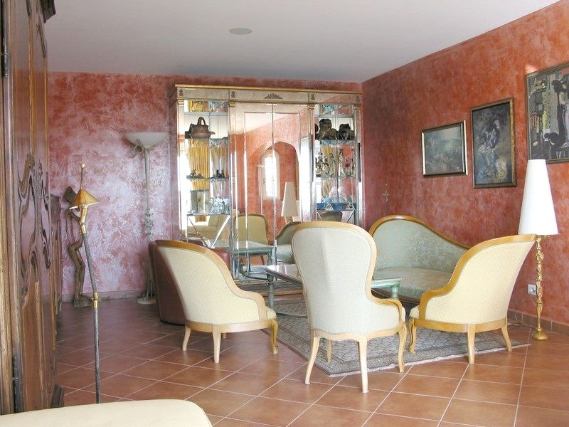 Salon Location Villa 108337 Fayence