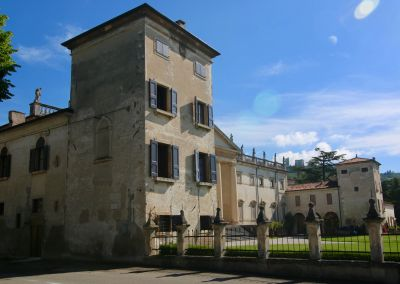 Vue extérieure de la location Location Appartement 109262 Vérone