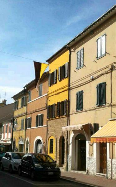 Vue extérieure de la location Location Appartement 111317 Sirolo
