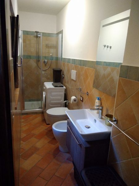 salle de bain Location Appartement 111317 Sirolo