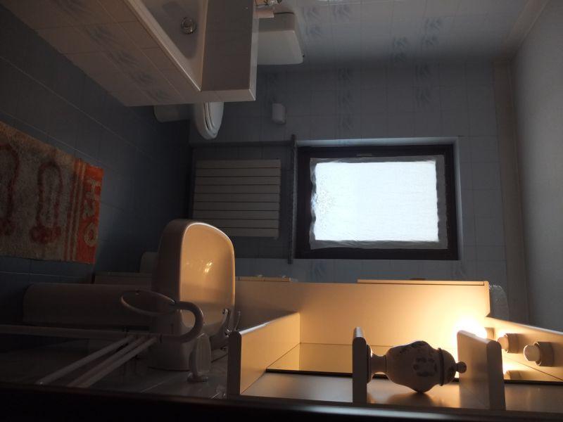 salle de bain Location Villa 112722 Pila