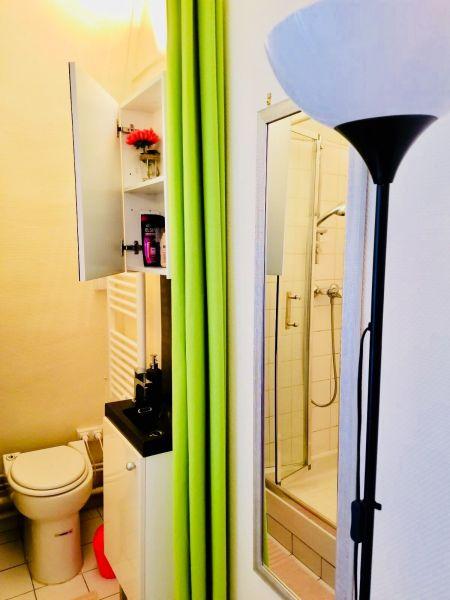 Salle d'eau Location Studio 113449 PARIS