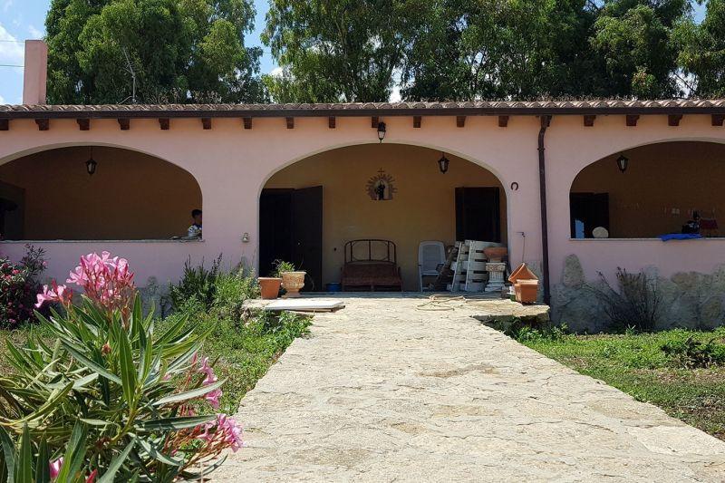 Entrée Location Maison 116316 Villasimius