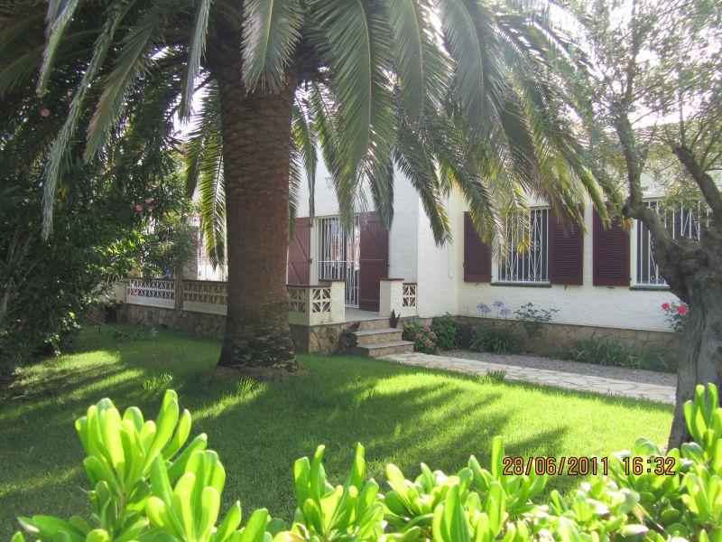 Vue extérieure de la location Location Villa 116391 Empuriabrava