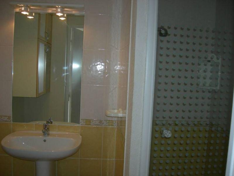 salle de bain Location Gite 118640 Loriol-du-Comtat