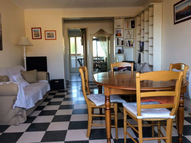 Séjour Location Appartement 119352 Cassis