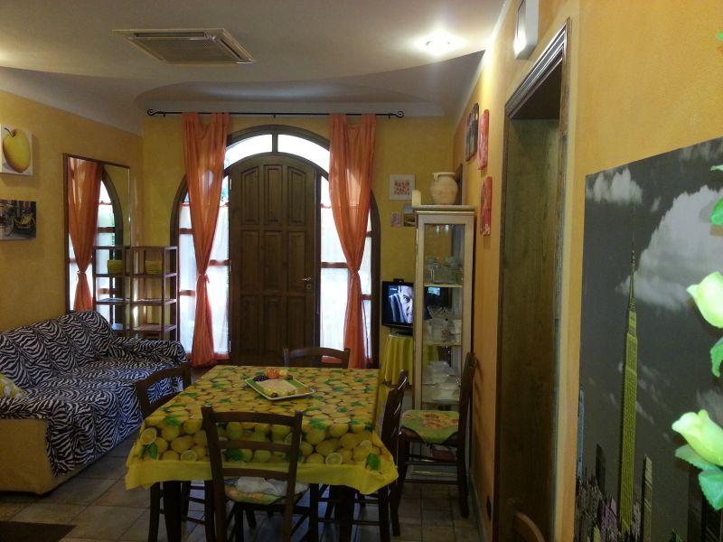 Séjour Location Appartement 72407 Marina di Massa