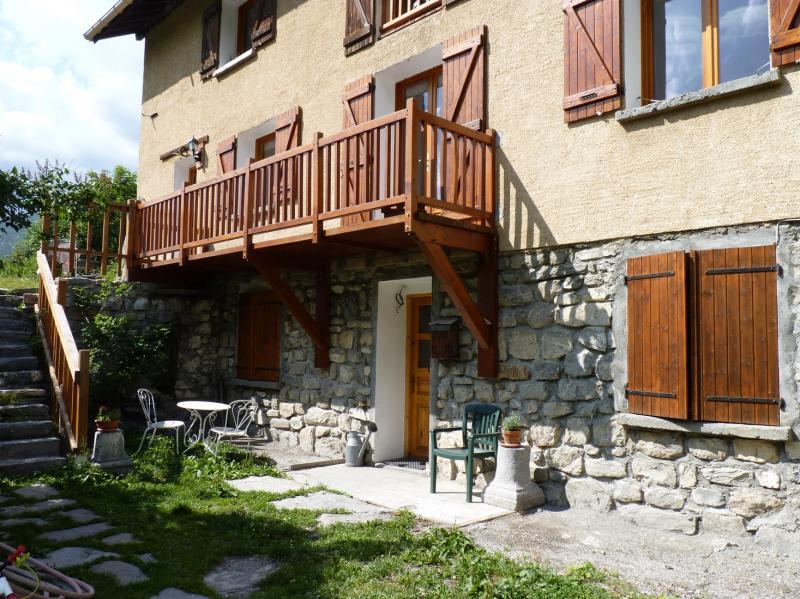 Vue extérieure de la location Location Appartement 79479 La Grave - La Meije