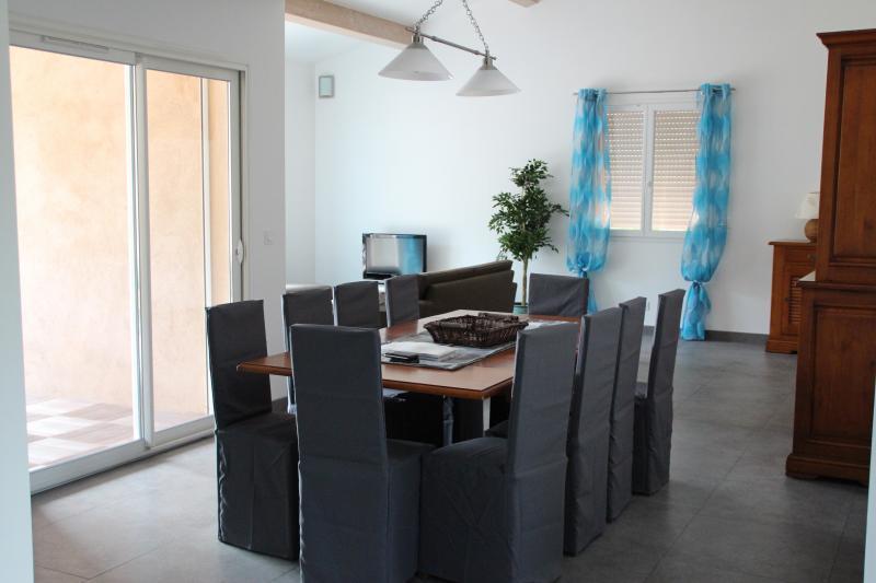 Salle à manger Location Villa 82417 Hyères