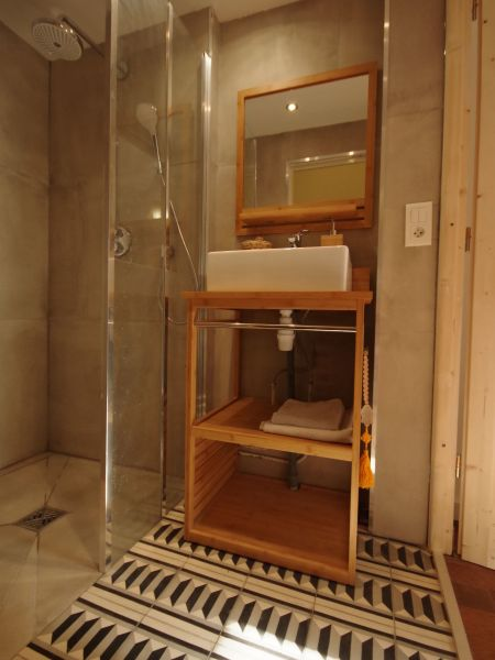 Salle d'eau 2 Location Maison 88875 Biarritz