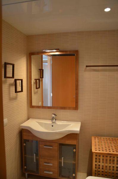 salle de bain Location Appartement 92855 Llança