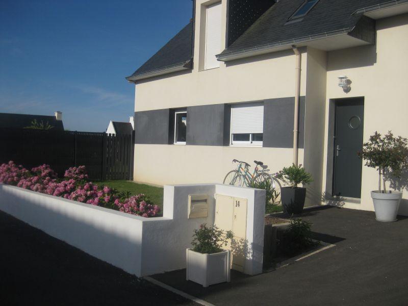 Vue extérieure de la location Location Maison 93101 Carnac