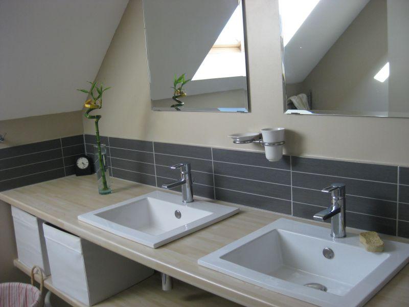 salle de bain 1 Location Maison 93101 Carnac