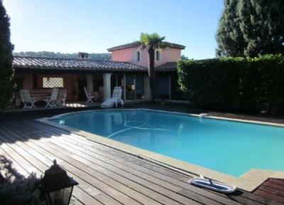 Vue extérieure de la location Location Villa 94234 Anduze