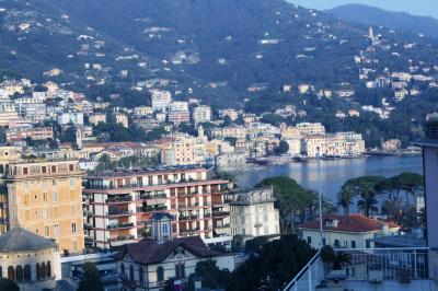Vue de la terrasse Location Appartement 95835 Rapallo