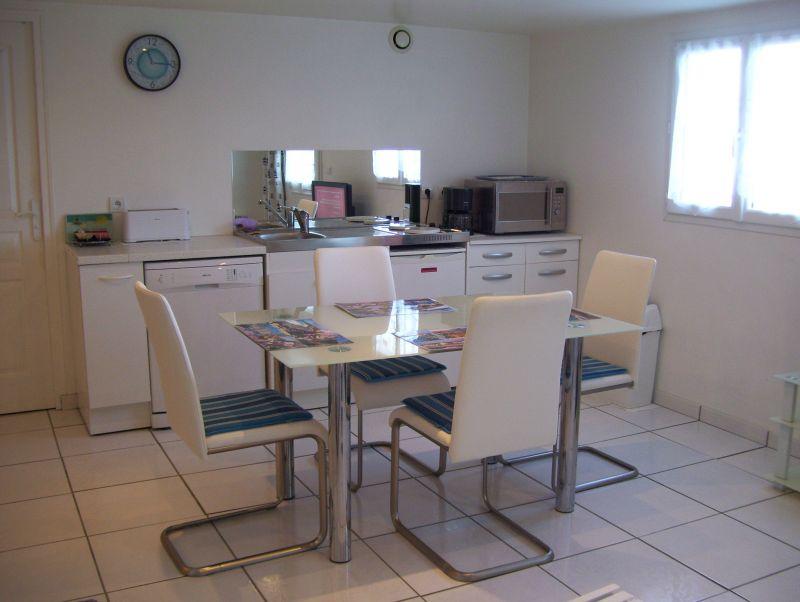 Séjour Location Appartement 97030 Saint Jean de Luz