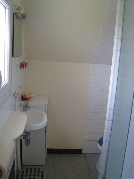 Salle d'eau Location Maison 98043 Plozevet