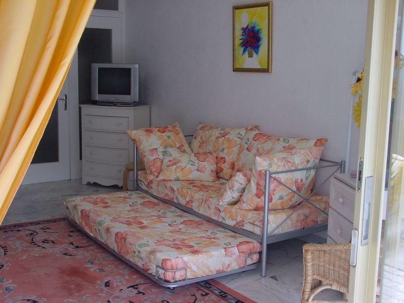 Location Studio 98215 Antibes