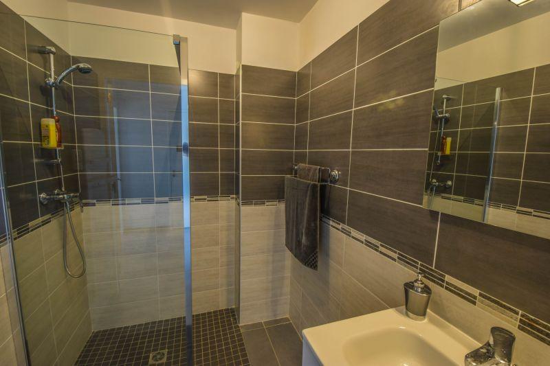 Salle d'eau Location Appartement 99887 Ajaccio