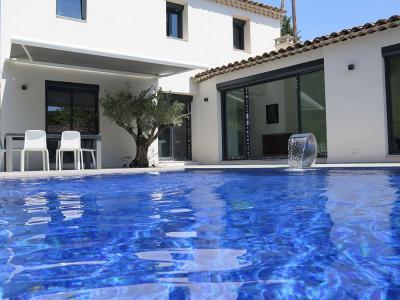 Piscine Location Villa 100536 Aix en Provence