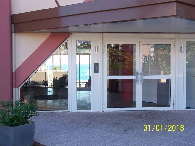 Entrée Location Appartement 103647 Sete