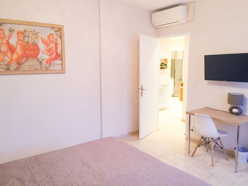 Location Appartement 107886 Juan les Pins
