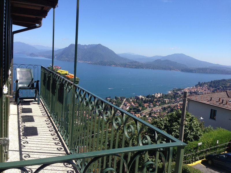 Vue du balcon Location Appartement 108523 Stresa