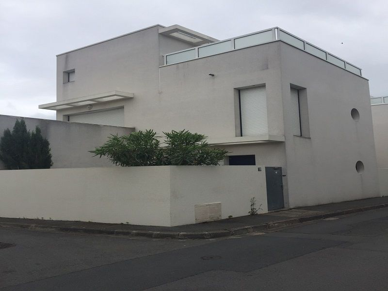 Vue extérieure de la location Location Studio 108987 La Rochelle