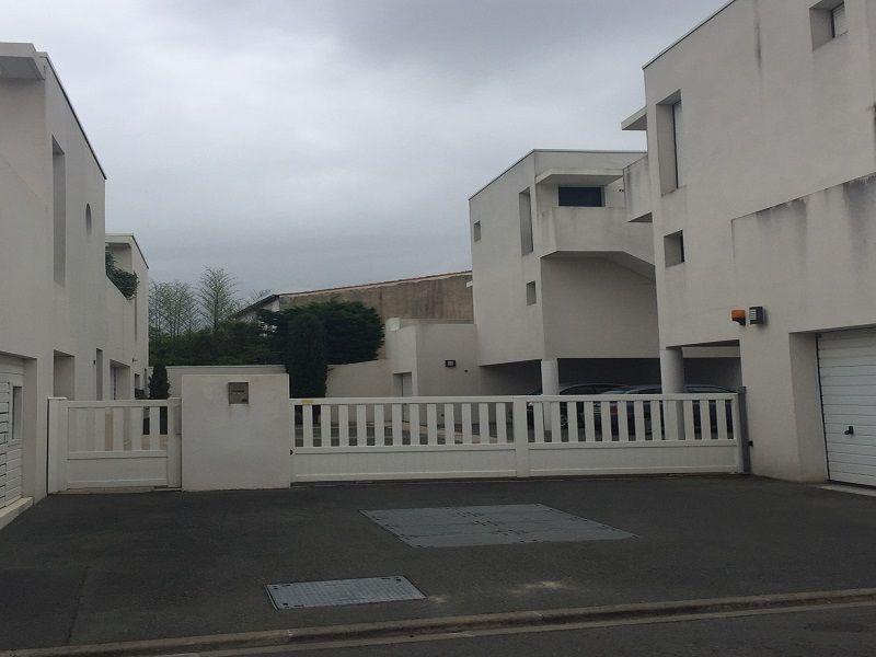 Parking Location Studio 108987 La Rochelle