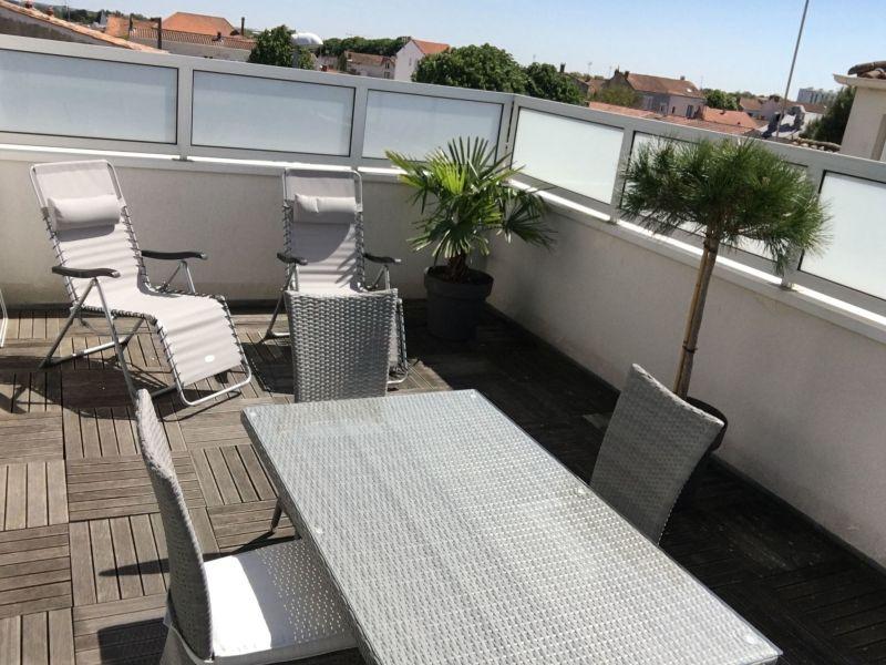 Terrasse Location Studio 108987 La Rochelle