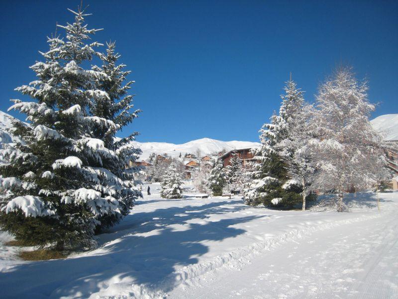Vue extérieure de la location Location Chalet 112290 La Toussuire
