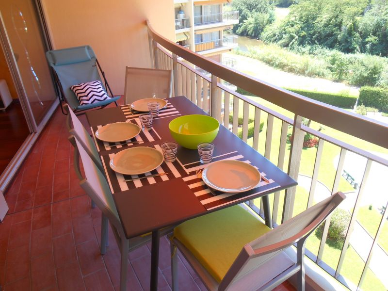Terrasse Location Appartement 112946 Mandelieu la Napoule