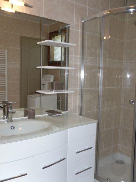 Salle d'eau Location Appartement 113013 Ax Les Thermes