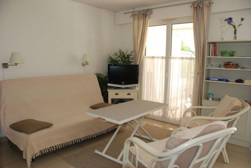 Séjour Location Appartement 113677 Saint Raphael