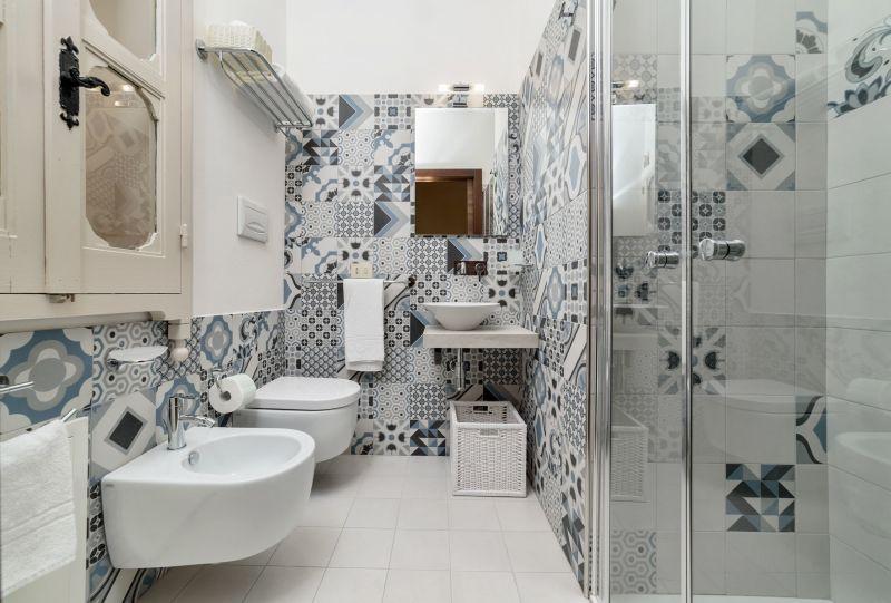 salle de bain 1 Location Villa 116102 Marina di Ragusa