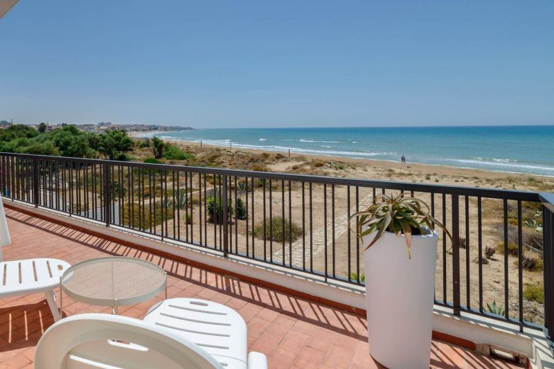 Vue depuis la location Location Villa 116102 Marina di Ragusa